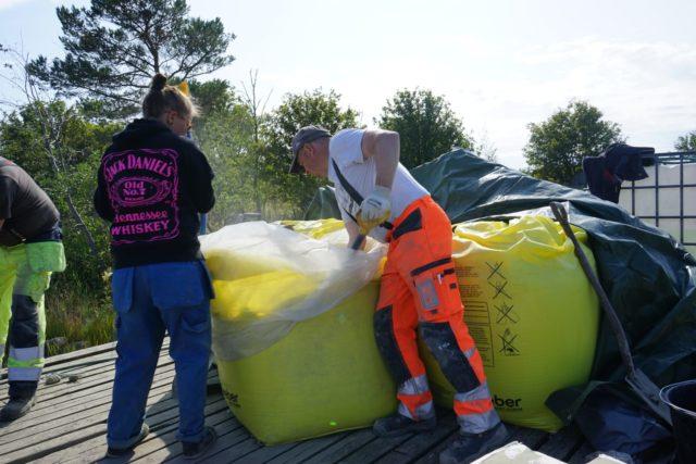 Veneilla tuotiin laiturille kaikenkaikkiaan 8,5 tonnia kuivapetonia